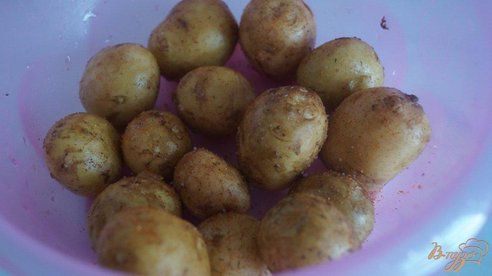 Фото приготовление рецепта: Молодой картофель со свиными ребрами запеченные в рукаве шаг №1
