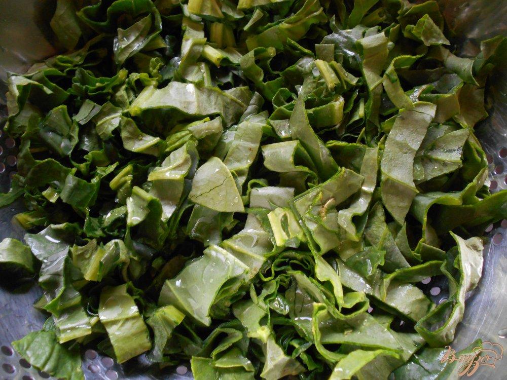Фото приготовление рецепта: Смузи из шпината, апельсина и ананаса шаг №2