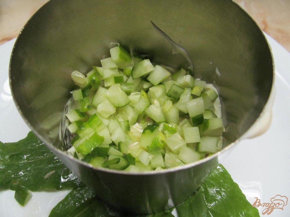 Фото приготовление рецепта: Салат с курицей и черносливом шаг №6