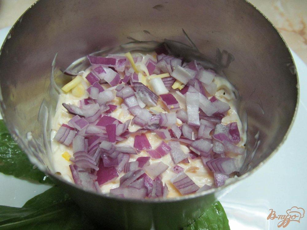 Фото приготовление рецепта: Салат с курицей и черносливом шаг №8