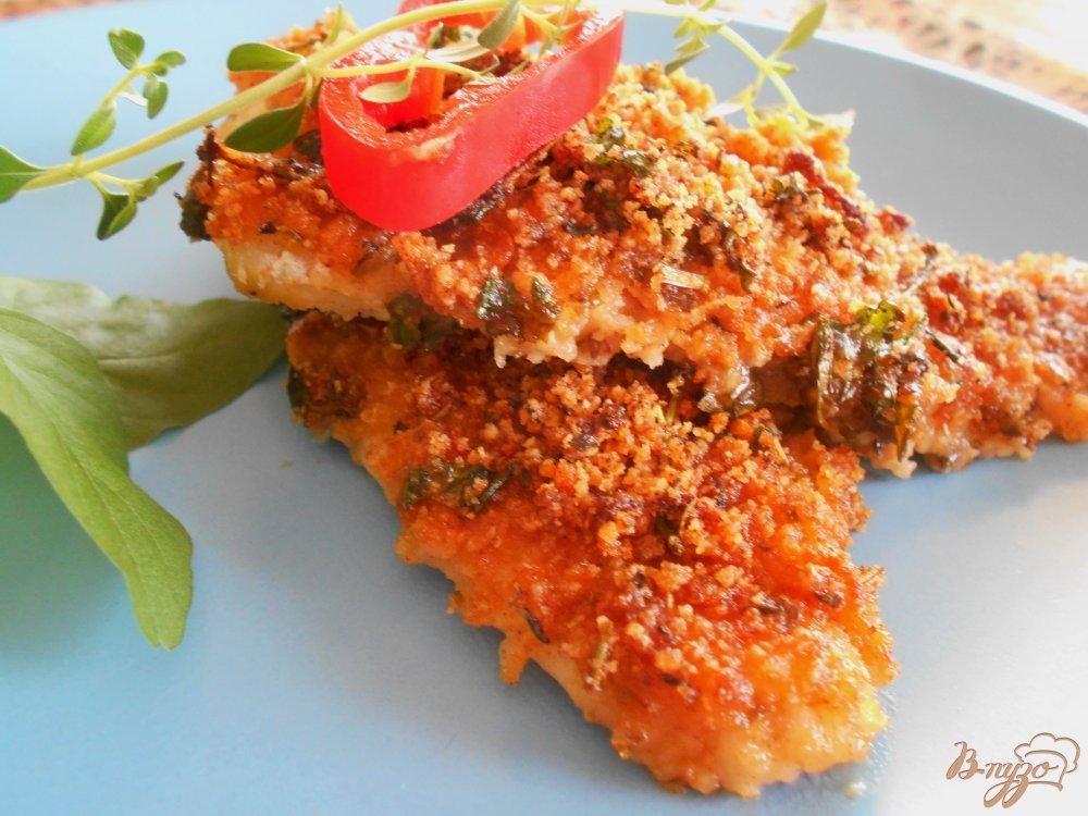 Фото приготовление рецепта: Филе рыбы под хрустящей корочкой шаг №8