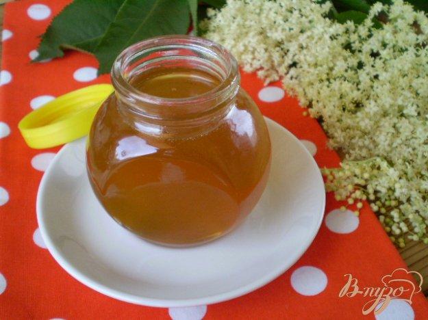 фото рецепта: Мёд из цветов черной бузины