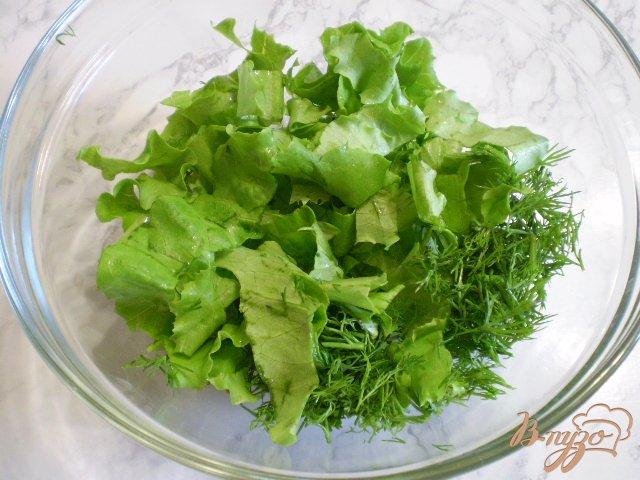 Фото приготовление рецепта: Салат из сырых огурцов и шампиньонов шаг №2