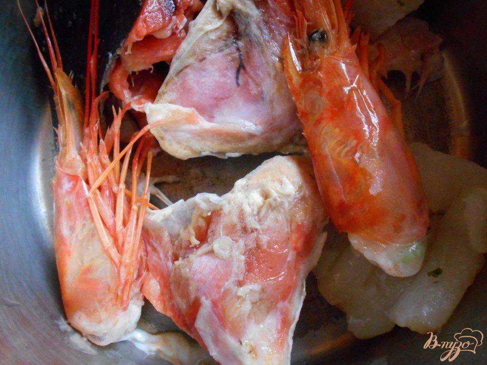 Фото приготовление рецепта: Рыбный суп шаг №1