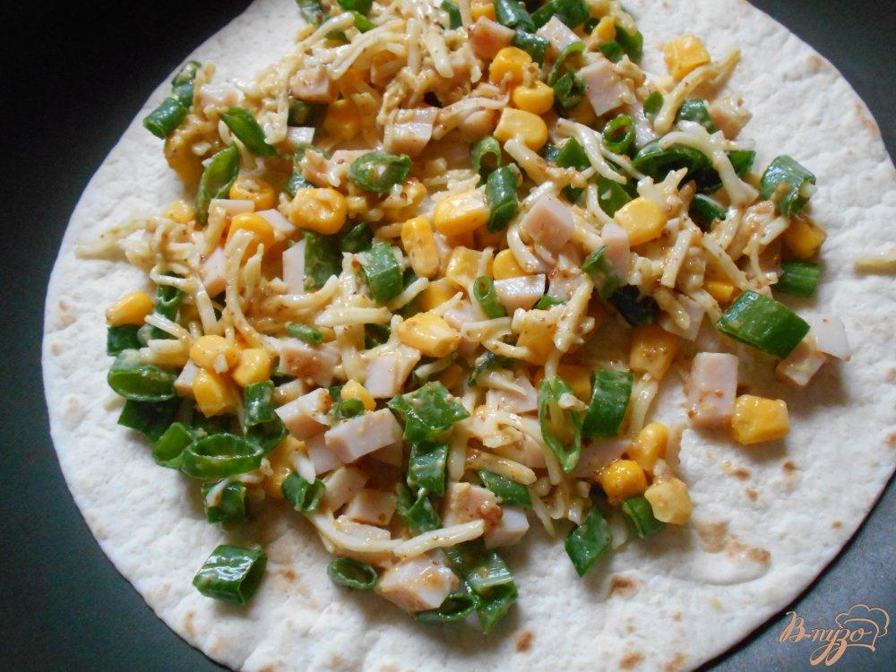 Фото приготовление рецепта: Тортилья по-мексикански шаг №7
