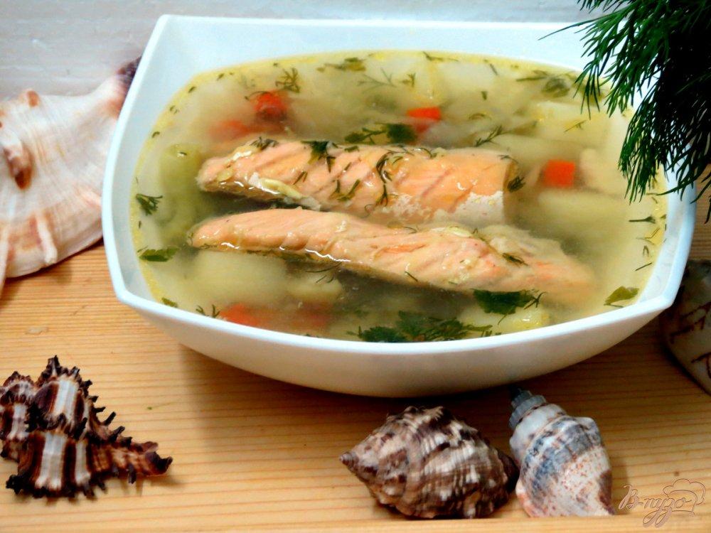 Фото приготовление рецепта: Суп овощной с брюшками сёмги. шаг №7