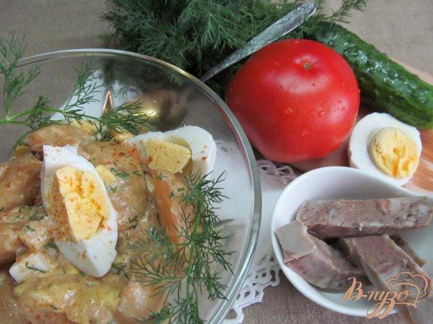 фото рецепта: Молодой картофель с яйцом и паприкой