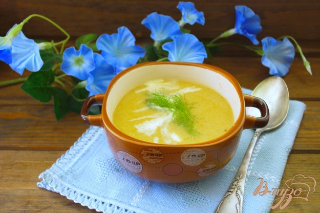фото рецепта: Суп с рыбными консервами и сливками