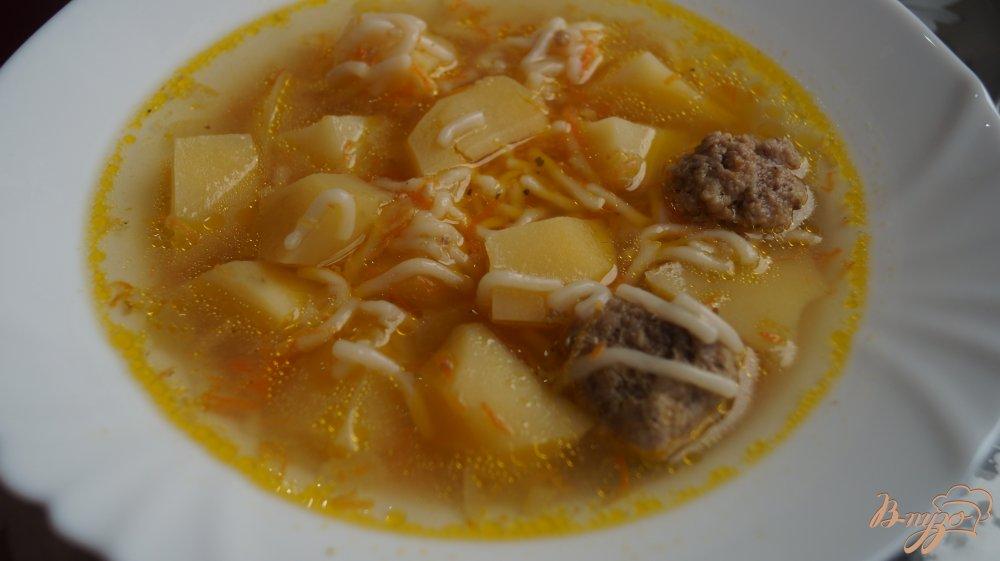 Фото приготовление рецепта: Суп вермишелевый в мультиварке шаг №5