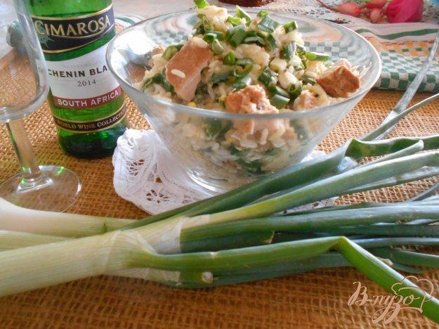 фото рецепта: Салат с тунцом, рисом и яйцом