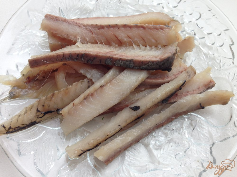 Фото приготовление рецепта: Скандинавский селёдочный салат шаг №2