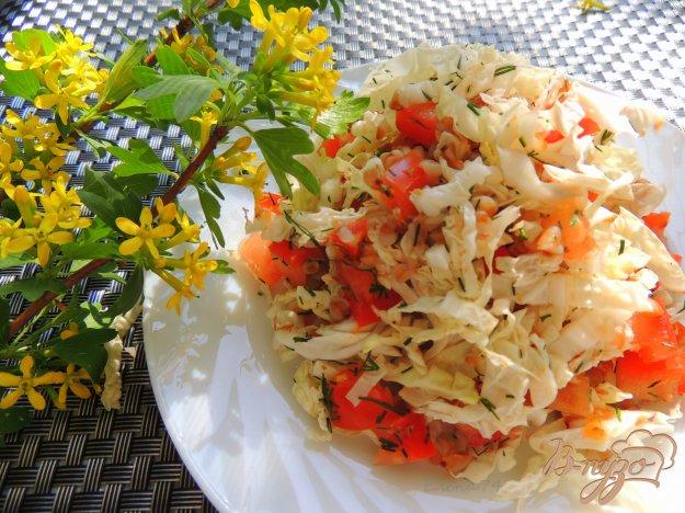 фото рецепта: Лёгкий салат с помидорами и гречкой