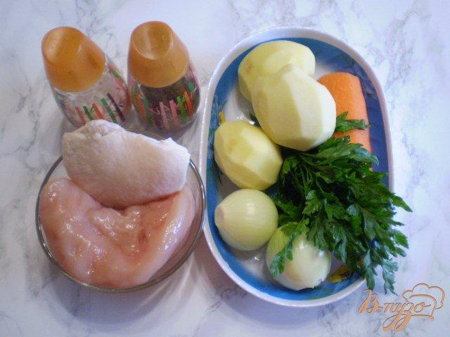Фото приготовление рецепта: Суп с фрикадельками в мультиварке шаг №1