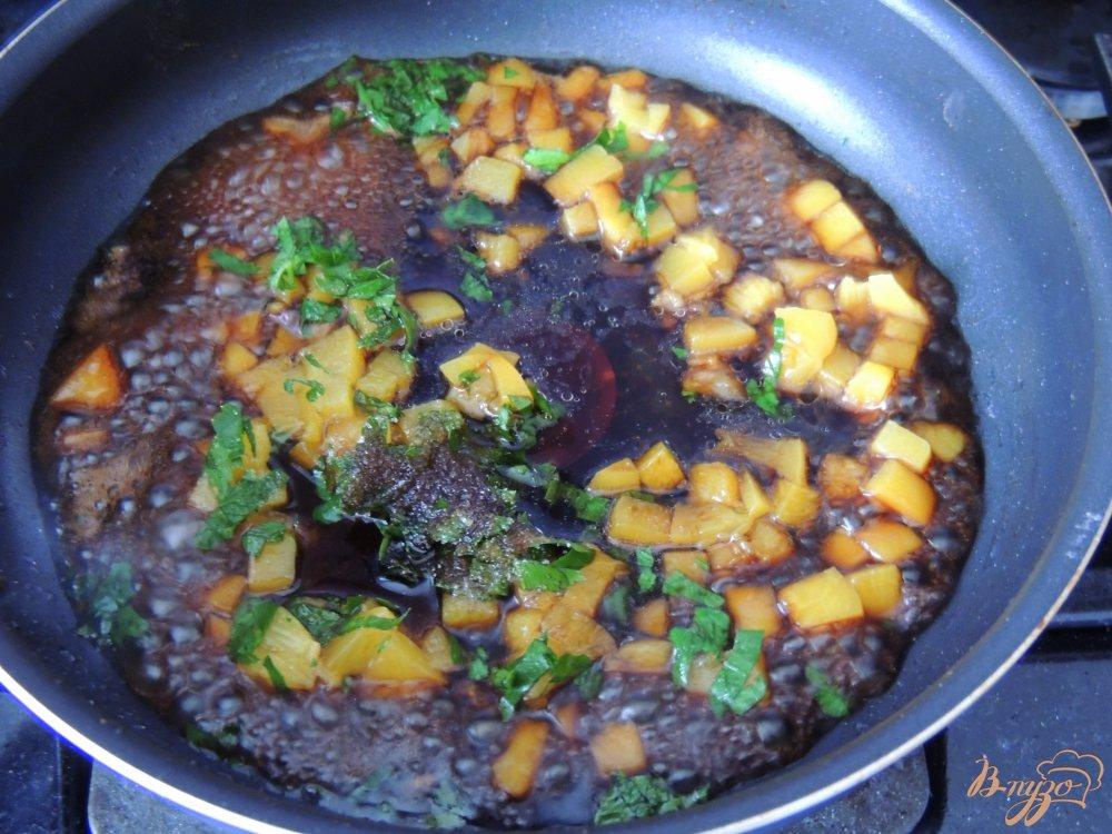 Фото приготовление рецепта: Свинина в карамели шаг №5