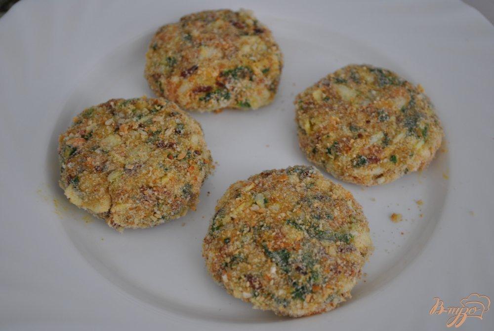 Фото приготовление рецепта: Котлеты с красным рисом шаг №9