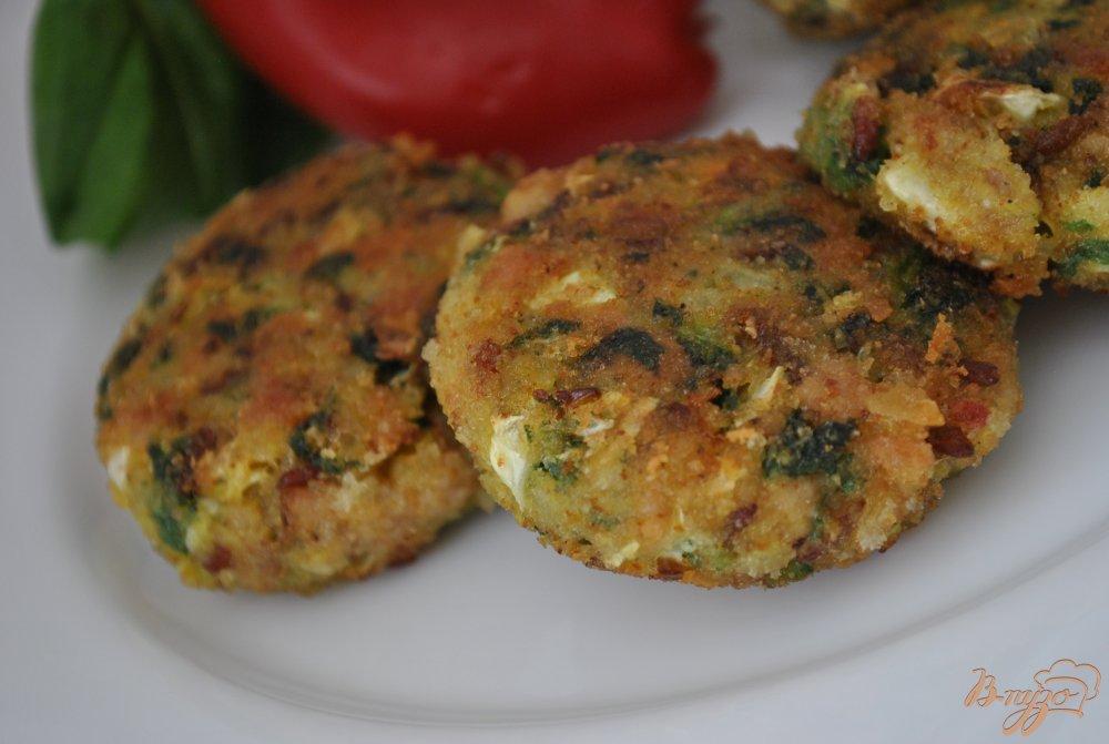 Фото приготовление рецепта: Котлеты с красным рисом шаг №10