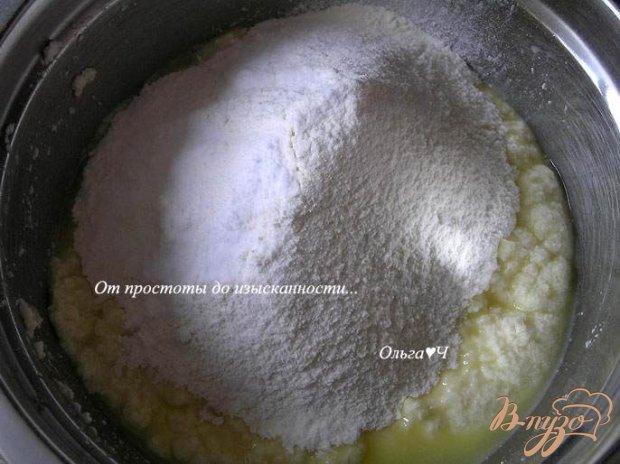 Творожные оладьи с карамельным соусом