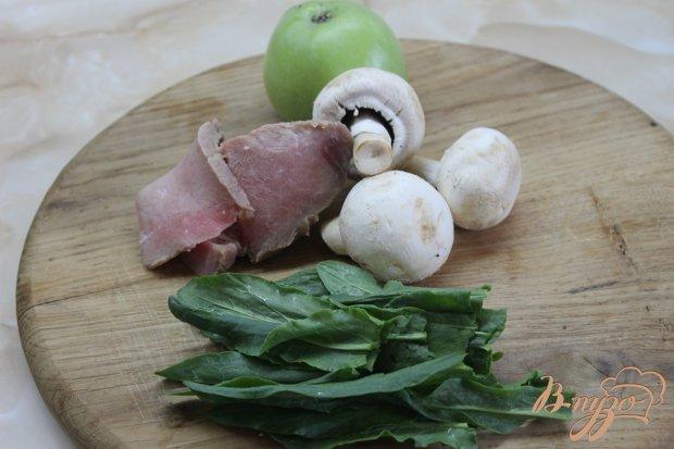 Рецепт Тушенная свинина с зеленым яблоком и соевым соусом