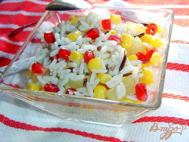 Постный рисовый салат с кукурузой