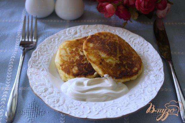 Домашние сырники с смородиновым вкусом.
