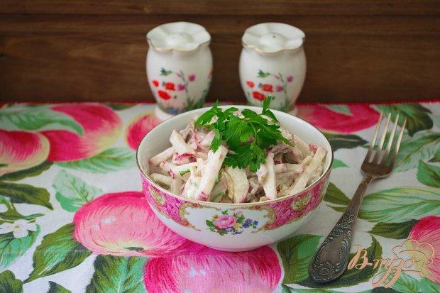 Салат с редисом и мясом
