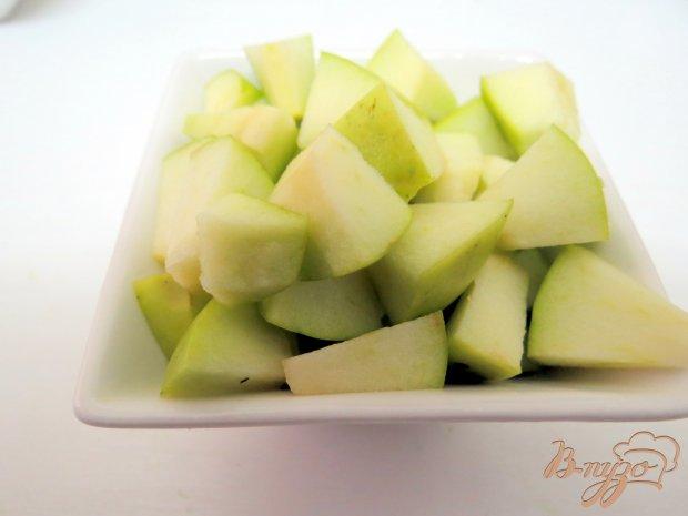Салат с сельдью и яблоком
