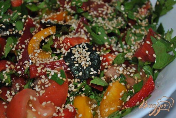 Салат с водорослями нори