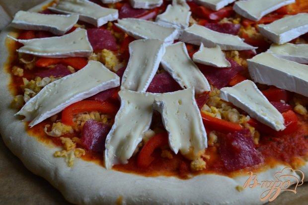 Пицца с нутом и сладким перцем