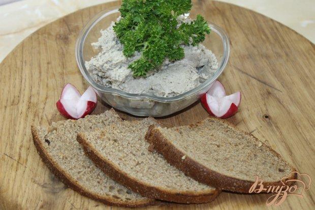 Паштет из маринованной салаки с плавленым сыром