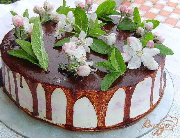 Торт с ягодно - муссовой прослойкой