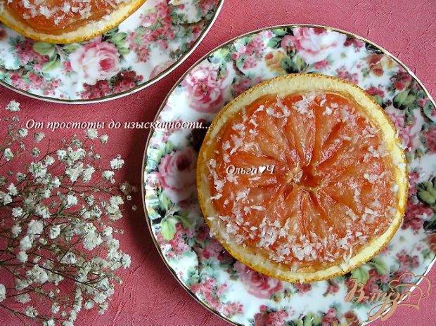 Запеченный грейпфрут с кокосовой стружкой