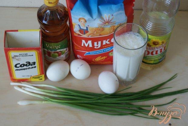 Рецепт Ленивые пирожки с луком, яйцом и чесночным соусом