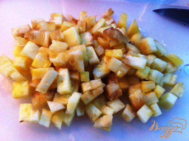 Куриное филе с ананасом и карри