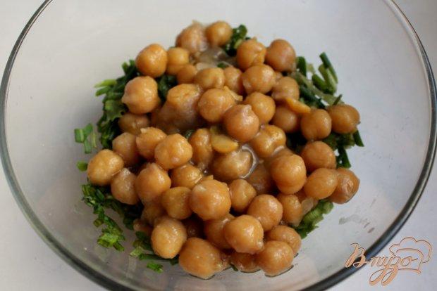 Мясной салат с нутом