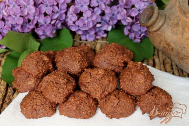 Овсяное печенье с какао и орехами