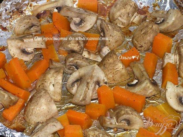 Грибы, запеченные с тыквой (без масла)