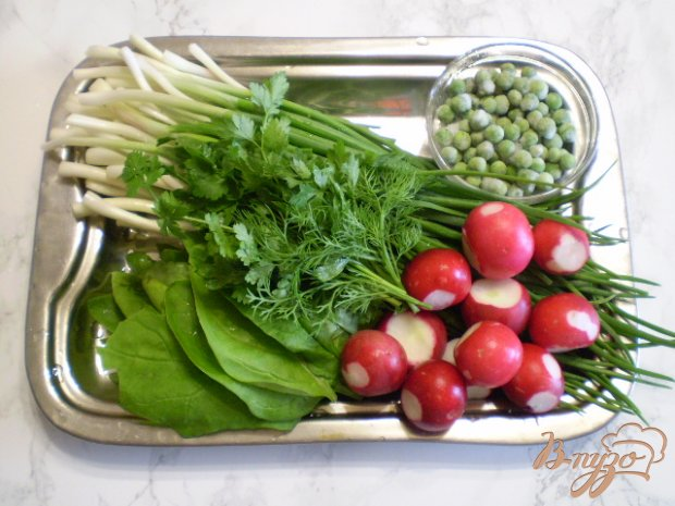 Рецепт Салат из редиса, шпината и зеленого горошка