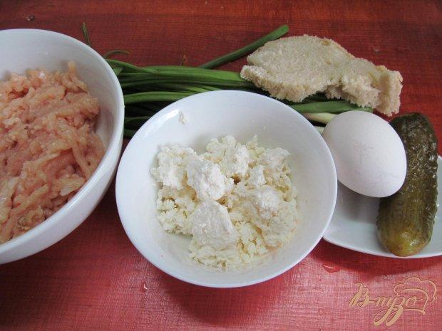 Рецепт Куриные котлеты с творогом и огурцом