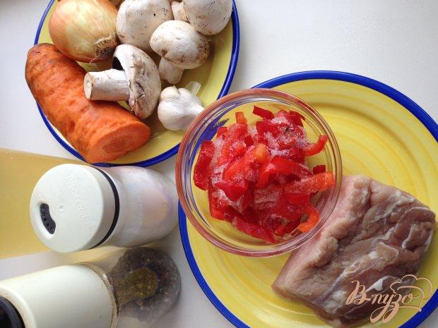 Свинина стир-фрай с овощами и грибами