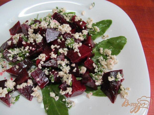 Свекольный салат с творогом по рецепту Джейми Оливера