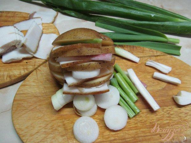 Картофель с салом запеченный в фольге