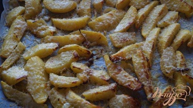 Картофель с луком и сыром в духовке