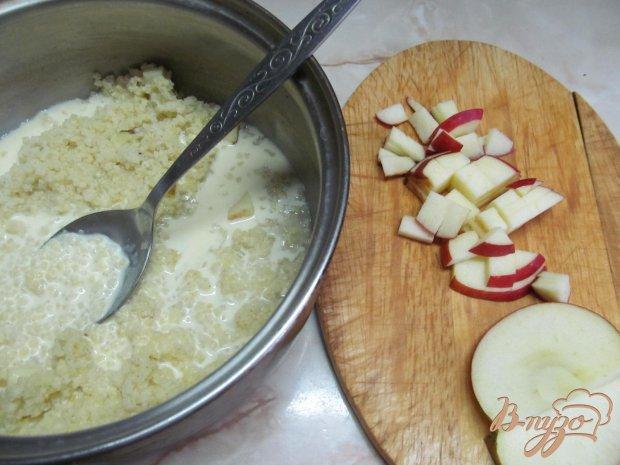 Пшенная каша с яблоком медом и корицей