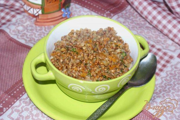 Гречневая каша с овощами и чесноком