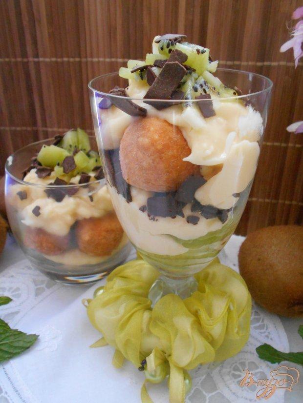 Фруктовый десерт с творожными шариками