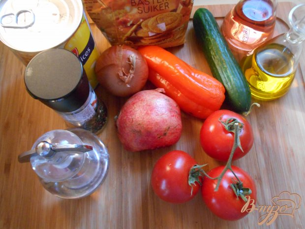 Рецепт Азиатский салат с ананасом и огурцом