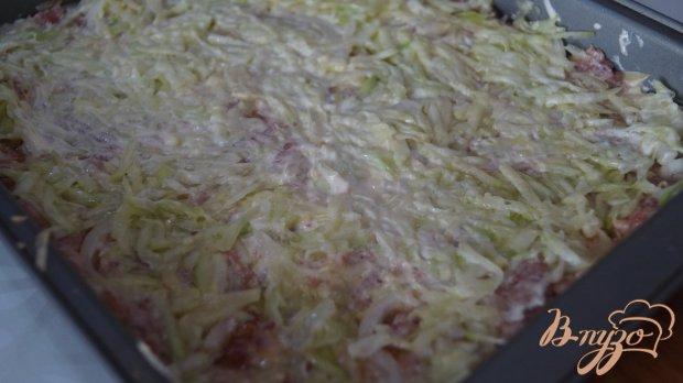 Запеканка с фаршем, картофелем и кабачком.