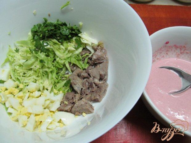 Салат из свиного языка и капусты
