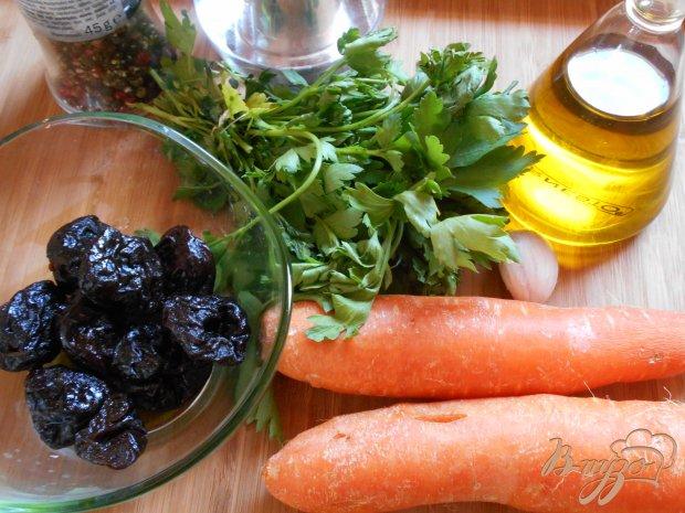 Рецепт Салат из моркови и чернослива