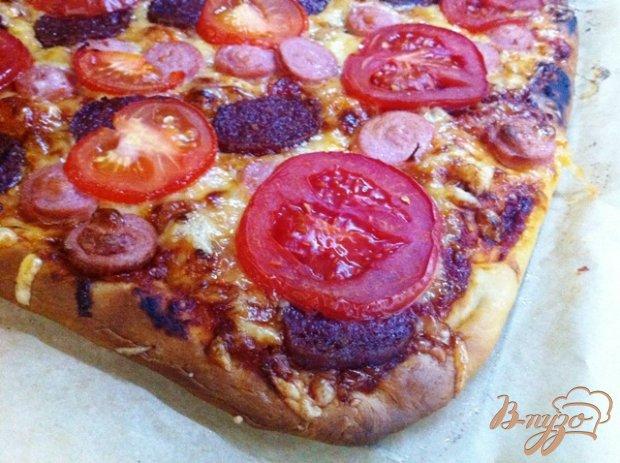 Пицца с салями и сосисками